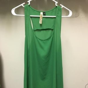 Green Sleeveless Tunic Top